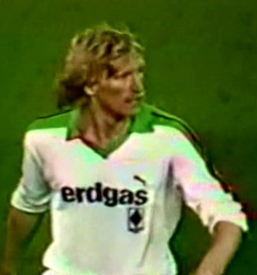 Uwe Rahn podczas meczu Borussia Mönchengladbach – Widzew Łódź 3:2 (24.10.1984)