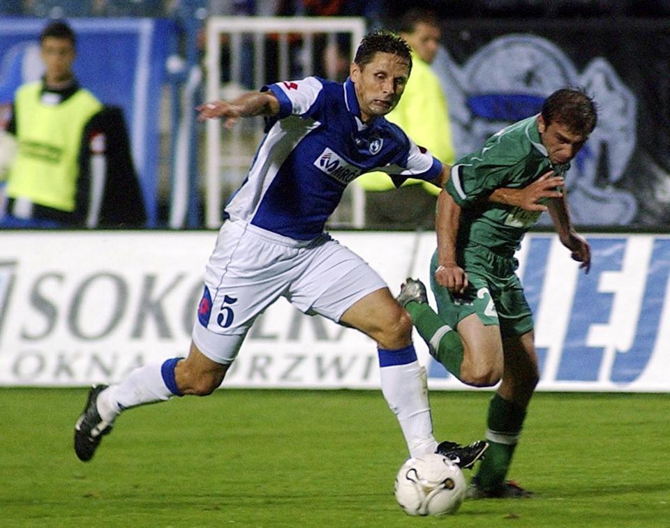 Zbigniew Wójcik podczas meczu Lech Poznań - Terek Grozny 0:1 (26.08.2004).
