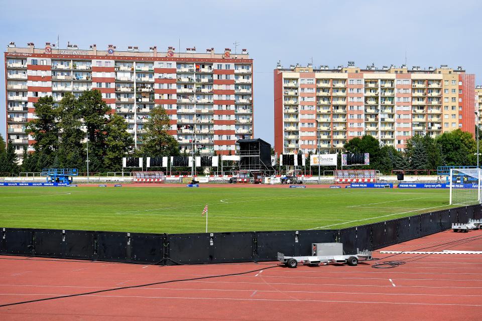 Resovia Rzeszów - Piast Gliwice 0:4 (15.08.2020) Bloki