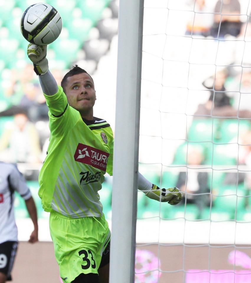 Rafał Gikiewicz (Śląsk Wrocław - Legia Warszawa 1:1, k. 4-2, 12.08.2012)