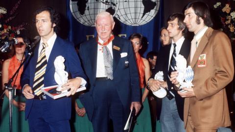 Beckenbauer, Rous, Cruyff i Deyna na bankiecie z okazji zakończenia MŚ'74.