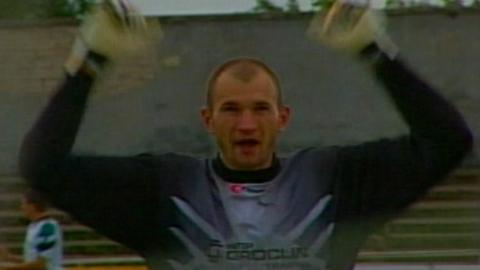 Mariusz Liberda podczas meczu Atlantas Kłajpeda - Groclin Dyskobolia Grodzisk Wlkp. 1:4 (27.08.2003).