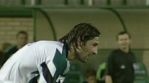 Radosław Sobolewski podczas meczu Groclin Dyskobolia Grodzisk Wlkp. - Atlantas Kłajpeda 2:0 (14.08.2003).